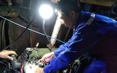 Trung tâm hậu cần đảo Sinh Tồn 'cứu' tàu cá bị sự cố ở Trường Sa