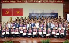 EVNHCMC trao chứng chỉ kỹ sư chuyên nghiệp và chuyên gia cho CBCNV