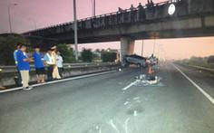 Xe máy chạy vào cao tốc TP.HCM - Trung Lương gây tai nạn kinh hoàng