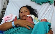 Sản phụ người Xê Đăng sinh 3 tự nhiên trong vòng 10 phút