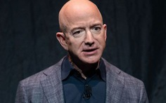 Tỉ phú Jeff Bezos mất gần 7 tỉ USD chỉ trong 1 ngày