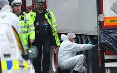 Cảnh sát tìm quốc tịch 39 người chết ở Anh từ điện thoại di động