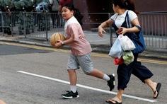 Kinh tế Hong Kong rơi vào suy thoái