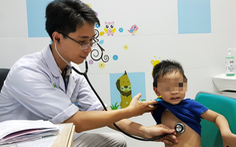 Trẻ mắc bệnh nhiễm siêu vi, hô hấp tăng vọt