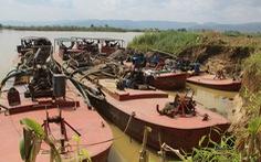 Xử phạt doanh nghiệp có 4 tàu khai thác cát chui 135 triệu đồng