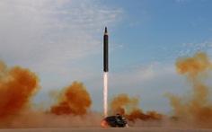 Triều Tiên bắn tên lửa bất thường, vào buổi chiều