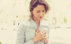 Mãn kinh trước 49 tuổi tăng nguy cơ bệnh tim mạch