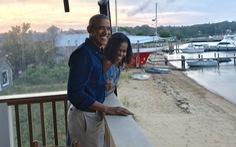 Michelle Obama: '27 năm trước, anh ấy hứa về những chuyến phiêu lưu bất ngờ'