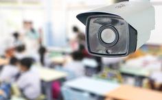 Camera nào giám sát lương tâm người thầy?