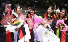 Thế giới cấp bằng online, sao cứ lăn tăn chuyện ghi xếp loại bằng tốt nghiệp?