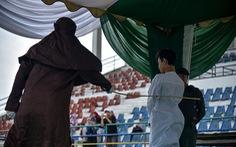 Indonesia: Phạt đánh 100 roi các đối tượng săn bắt động vật hoang dã