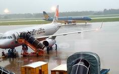 Hủy tới 49 chuyến bay do ảnh hưởng của bão số 6