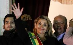 Bolivia có nữ tổng thống lâm thời