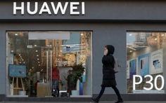 Đài Loan cấm bán 3 mẫu điện thoại Huawei vì ghi 'Đài Loan, Trung Quốc'