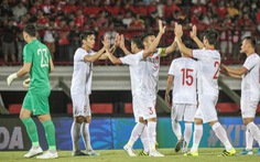 Tuyển Việt Nam hạng 94 thế giới, bỏ xa 'đại kình địch' Thái Lan