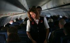 Tiếp viên hàng không Mỹ cầu xin không bị bắt lên máy bay 737 MAX