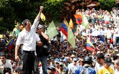 Được truyền nhiệt từ Bolivia, phe đối lập ở Venezuela lại xuống đường