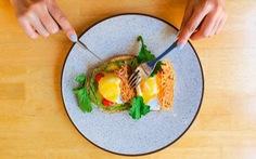 Trọn bộ bí kíp giúp bạn chụp ảnh món ăn hút ngàn like trên Instagram