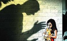 Đề xuất cho gia đình nạn nhân xâm hại tình dục được tự giám định