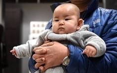 Phụ huynh Trung Quốc đua nhau xét nghiệm ADN xem con có phải... thần đồng