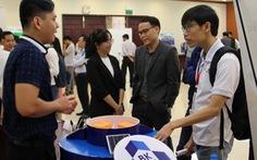Sinh viên ĐH Bách khoa làm trạm quan trắc thông minh đo ô nhiễm nước