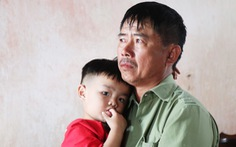 Các gia đình Nghệ An có người thân tử nạn ở Anh nhận tiền hỗ trợ đưa thi thể về nước