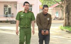 Video: Đột nhập vào nhà trộm chim, đẩy chủ nhà ngã gãy xương
