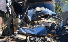 Video: 5 xe ôtô va chạm, phụ xe tử vong trong cabin