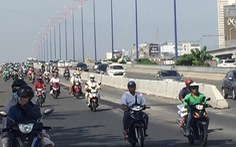 TP.HCM mở rộng làn đường dành cho xe máy trên cầu Sài Gòn