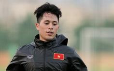 Đình Trọng mặc áo gió ép cân, tập tích cực nuôi hi vọng dự SEA Games 2019