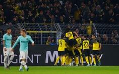 Thua ngược Dortmund sau khi dẫn 2-0, Inter lâm nguy