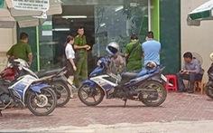 Khởi tố cựu trung úy công an nổ súng tại ngân hàng tội cướp tài sản