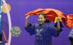 Nữ VĐV võ gậy Việt Nam bị bỏ đói vẫn giành 3 HCV SEA Games 30