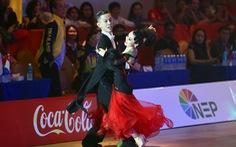 Đức Hòa - Hải Yến: Bỏ nghề để được… khiêu vũ