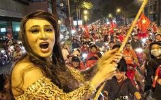 Trực tiếp: Hàng triệu người đổ xuống đường ăn mừng chiến thắng