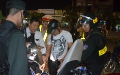 Ra đường Đà Nẵng gặp 'ma túy trẻ', vào bar gặp 'ma túy già'