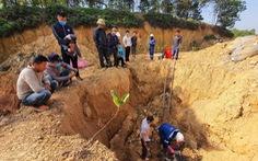 Hà Nội giao công an điều tra vụ 11 hố chôn trộm chất thải nguy hại