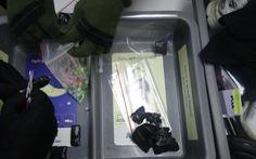Bắt 1 khách nước ngoài nghi giấu ma túy trong quần lót chuẩn bị lên máy bay