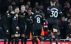 De Bruyne tỏa sáng, Man City nhẹ nhàng đánh bại Arsenal ngay trong hiệp 1