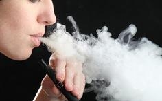 Bác sĩ châu Âu: Thuốc lá điện tử độc hại, ủng hộ cấm sử dụng hương liệu