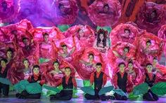 Hoa hồng rực rỡ trên sân khấu festival Hoa Đà Lạt
