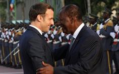 Vì sao Tây Phi phải đổi tên đồng tiền đang sử dụng?