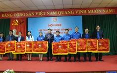 Thành đoàn TP.HCM nhận cờ thi đua xuất sắc của Trung ương Đoàn