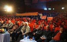 Nghệ sĩ Hãng phim truyện Việt Nam giăng băngrôn đòi giải quyết cổ phần hóa