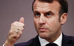 Không nhận tiền trợ cấp, Tổng thống Pháp bị chê 'đạo đức giả'