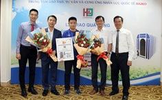 Thầy trò HLV Park Hang Seo được tặng buồng oxy cao áp Nhật Bản