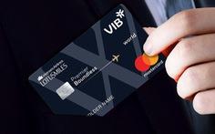 Thẻ đồng thương hiệu đặc quyền - chiến lược mới của hãng bay và ngân hàng