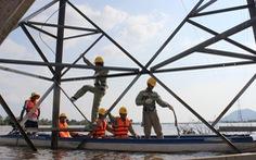 Những 'người nhện' xuyên Việt - Kỳ 4: Trên sóng nước miền Tây