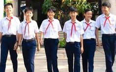 Khen thưởng học sinh ở TP.HCM trả lại 21 triệu cho người đánh rơi