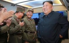 Triều Tiên dọa Mỹ: 'Hành xử thế nào, nhận quà Giáng sinh ấy'